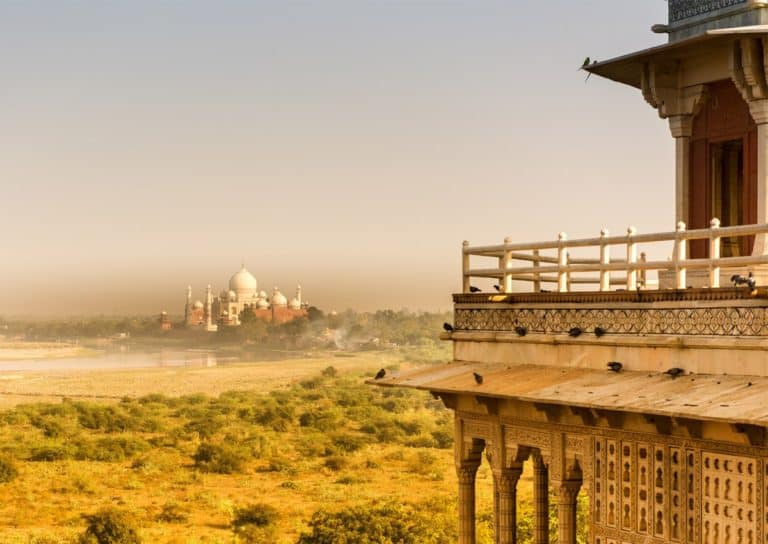 Agra Delhi tour via superfast train