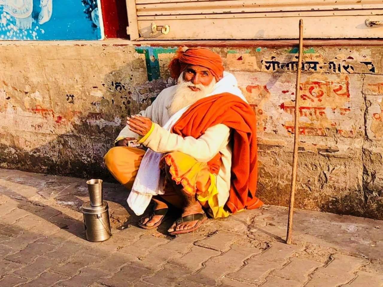 Varanasi Tour Guide